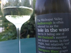 Hole in the water Sauvignon Blanc 2012 aus Neuseeland