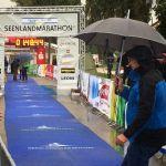 Regenschirme - leider etwas unpraktisch beim Laufen