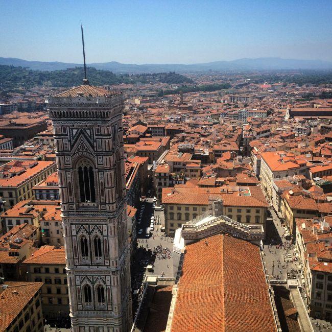 Blick von der Domkuppel auf Florenz