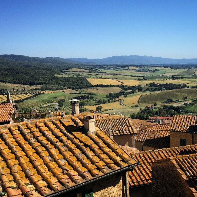 Über den Dächern von Casale Marittimo